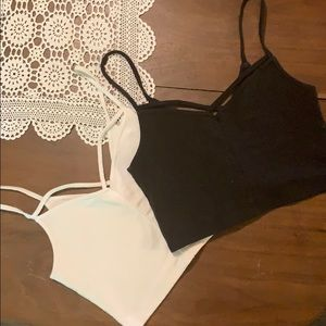 2 pack Hollister cropped camis